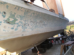 Blister Removal & Fiberglass Refinishing | Image 2 | Bulletproof Marine Services